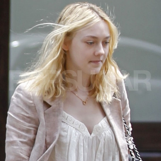Dakota Fanning Takes Manhattan Solo