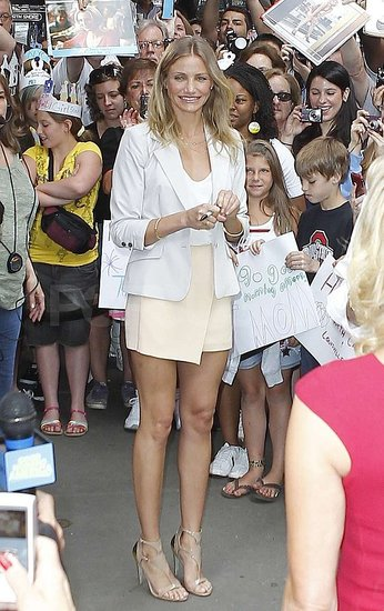 Cameron Diaz Makes a Leggy Entrance to GMA