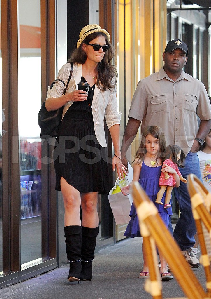 Katie Holmes and Suri Cruise went to a Florida store.
