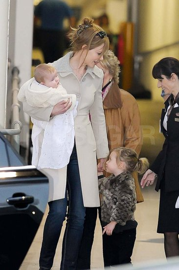 Nicole Kidman arrived in Sydney with Sunday and Faith.