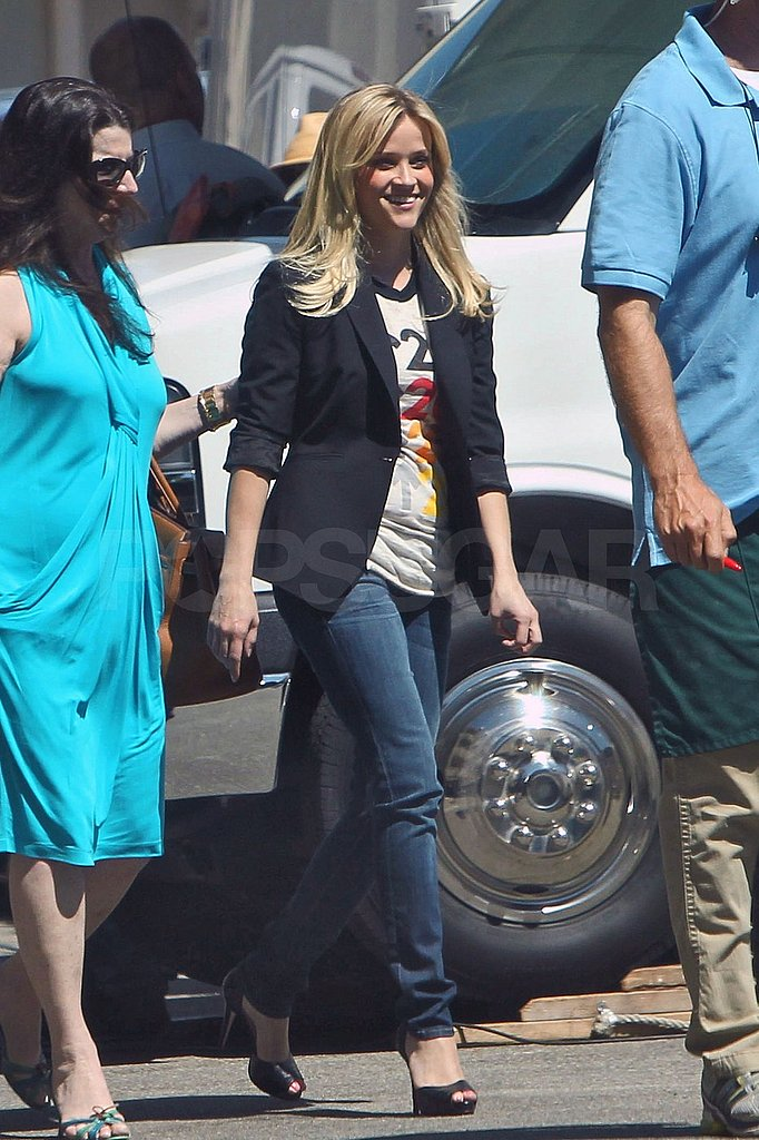 Reese Witherspoon filmed a commercial in LA.