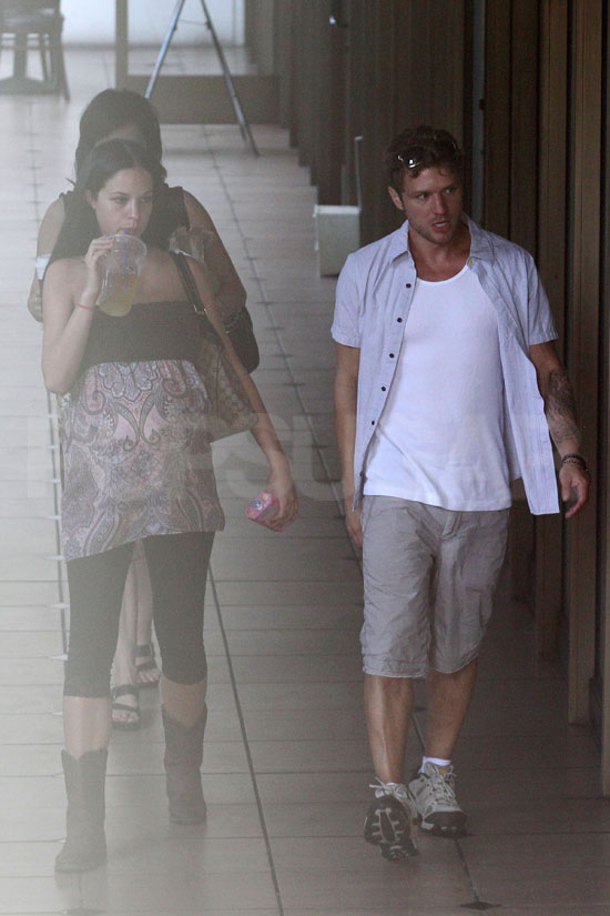 Ryan Phillippe with pregnant ex Alexis Knapp in LA.