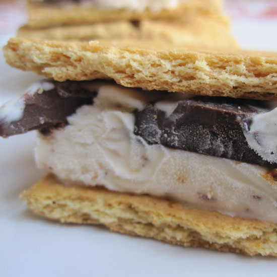 S'more Ice Cream Sandwich Recipe 2011-06-30 16:12:15