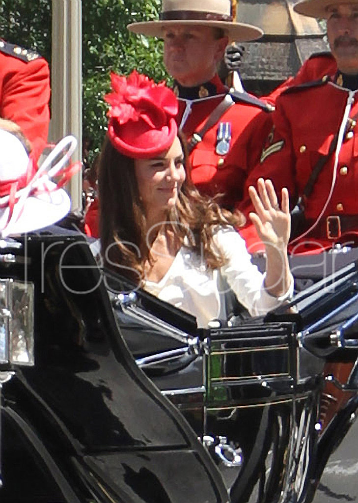Kate Middleton wears a maple leaf fascinator.