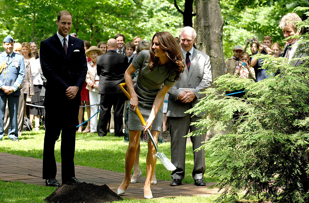Kate Middleton showed off her shoveling skills while Prince William looked on.