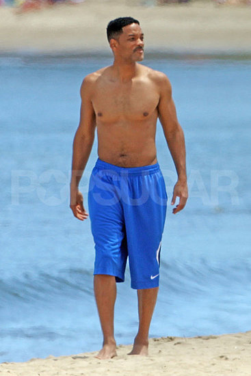 Will Smith Shows Off His Abs on the Beach With Willow and Jaden