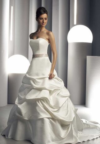 Dress On Sale | Wedding Dress 2011 | Cheap Wedding Dress