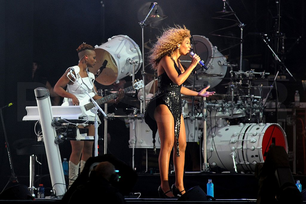 Beyoncé Knowles singing in Scotland.