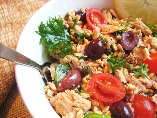 Italian Tuna and Farro Salad