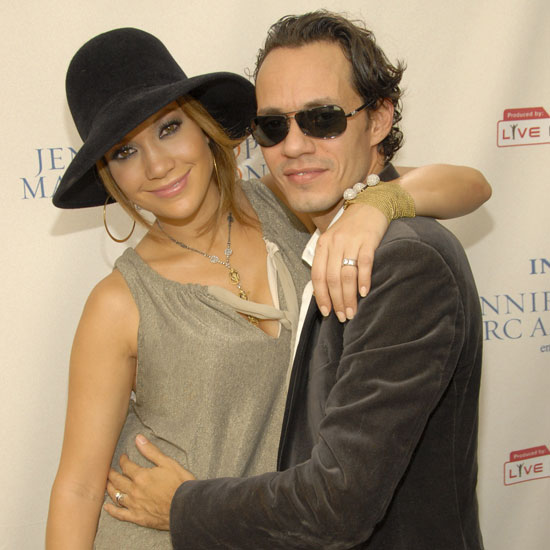 Jennifer Lopez and Marc Anthony Kissing Pictures Gallery After Announcement of Their Split