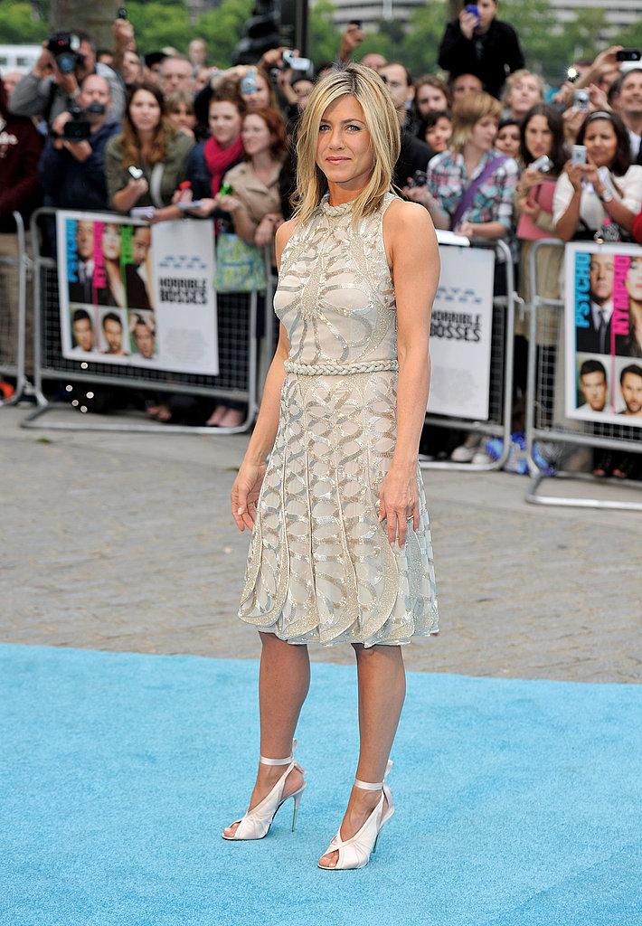 Jennifer Aniston full-length at London Horrible Bosses premiere.