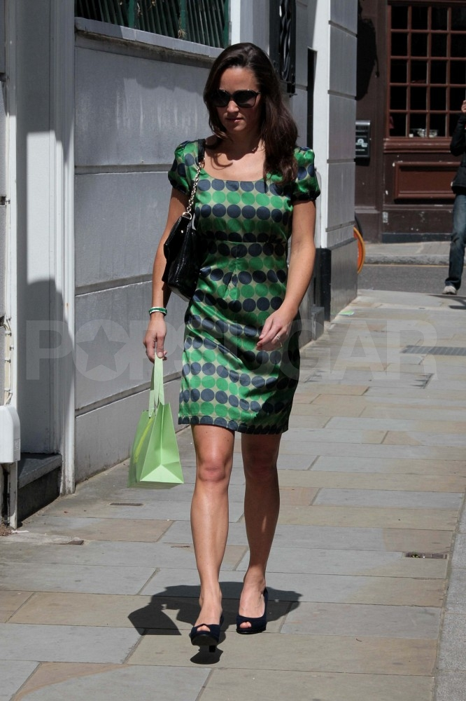 Pippa Middleton Takes a Scenic Morning Jog Around London