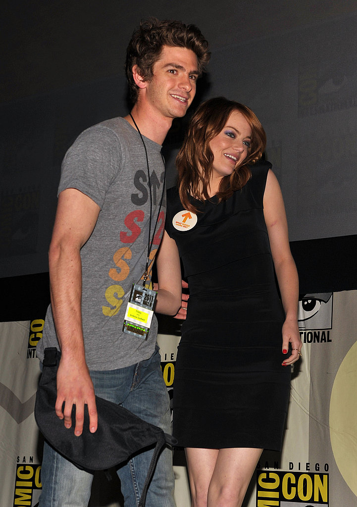 Andrew Garfield and Emma Stone posed together at The Amazing Spider-Man panel.