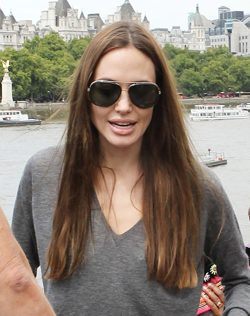 Angelina Jolie Takes Knox, Vivienne, Shiloh, and Zahara Out to London's Aquarium!