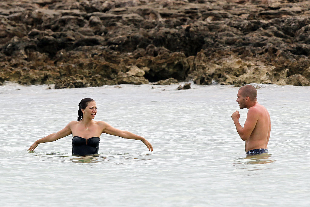 Jake Gyllenhaal and Maggie Gyllenhaal swam in the ocean.