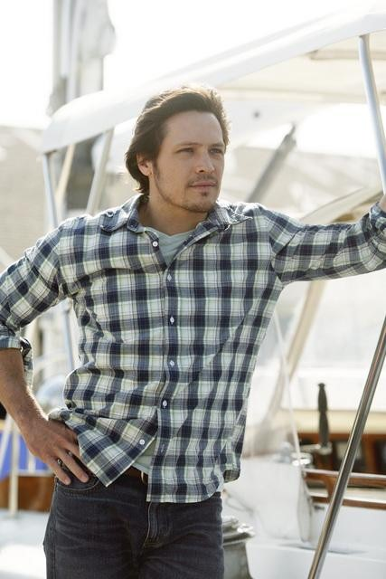 Nick Wechsler in ABC's Revenge.  Photo copyright 2011 ABC, Inc.