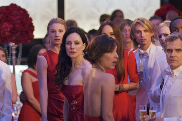 Emily VanCamp and Madeleine Stowe in ABC&#039;s Revenge.