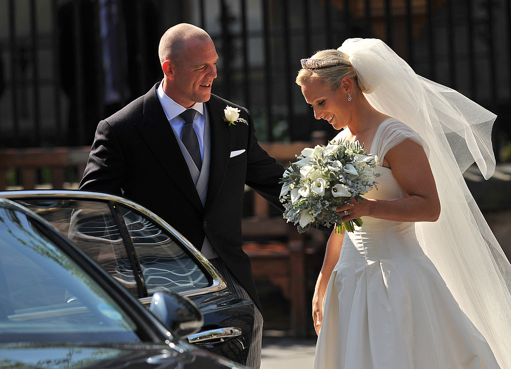 Zara Phillips and Mike Tindall get in the car after their wedding.