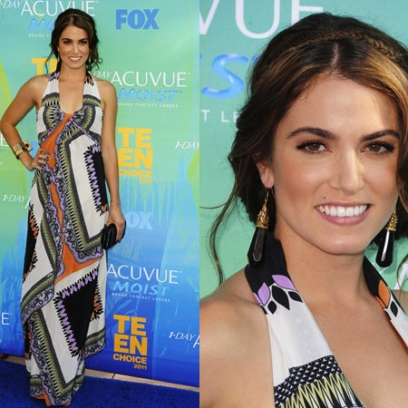 Pictures of Breaking Dawn Star Nikki Reed in Etro Maxi Dress at 2011 Teen Choice Awards