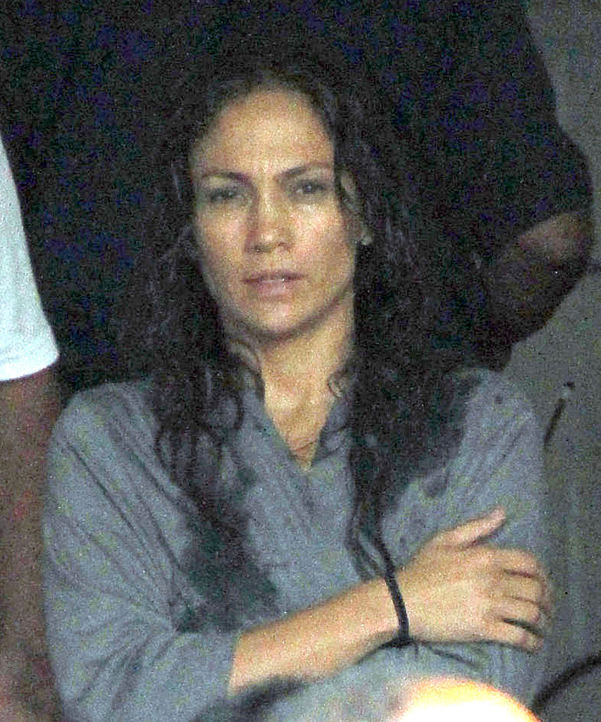 Jennifer Lopez had wet hair.