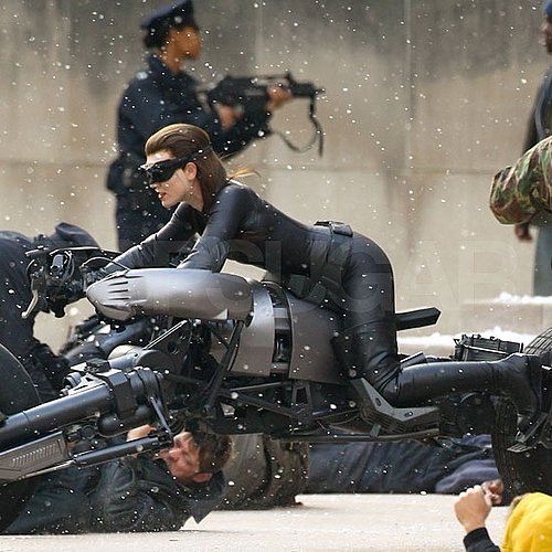 Anne Hathaway in Catwoman Costume For Batman Pictures