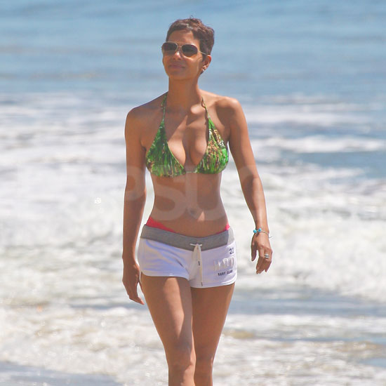 Halle Berry's toned abs were on full display during a walk along the Malibu coast in March 2011.