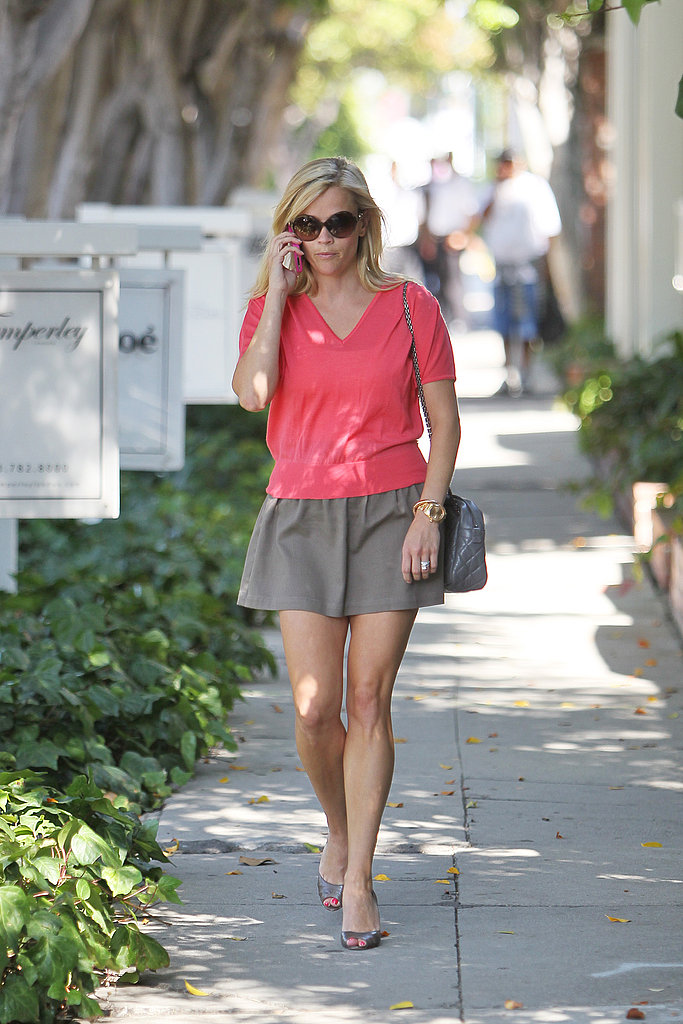 Reese Witherspoon Treats Herself to an Afternoon of French Shopping