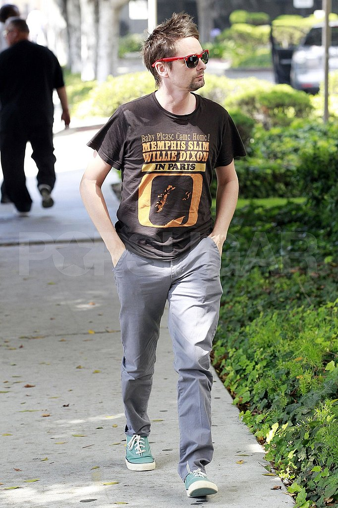 Matt Bellamy hangs out.