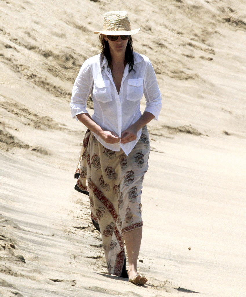 Julia Roberts on the beach.
