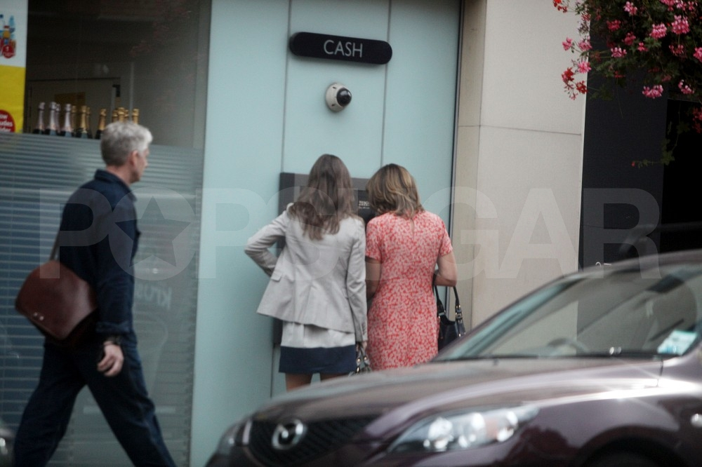 Pippa Middleton gets money with mom Carole.