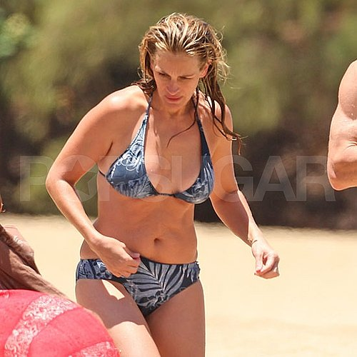 Julia Roberts Bikini Pictures With Danny Moder and Kids