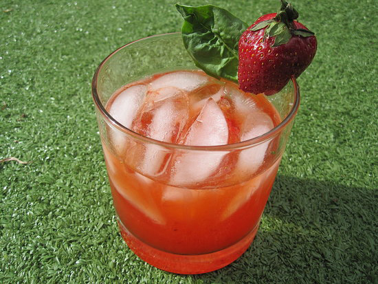 Strawberry-Basil Smash