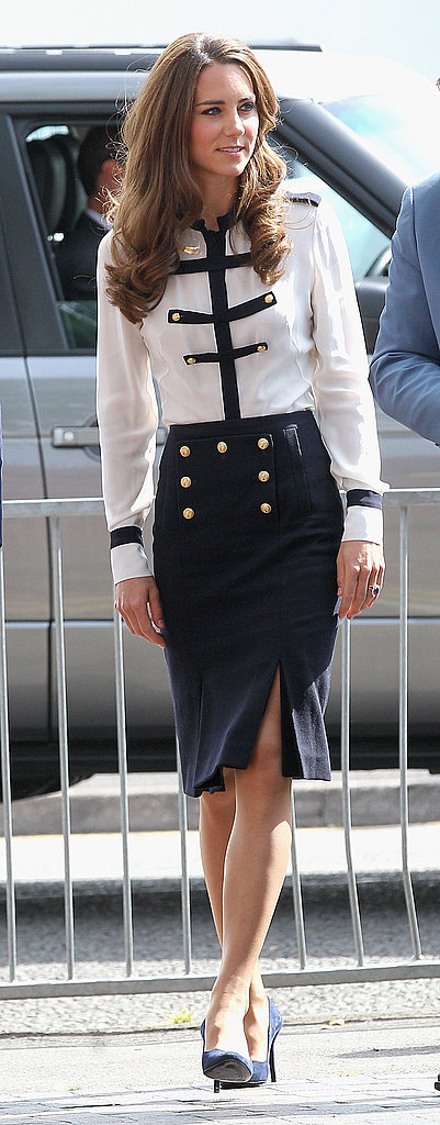 Kate Middleton looks fashionable.