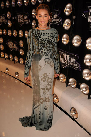 Miley Cyrus was one of the few starlets to wear a long dress.