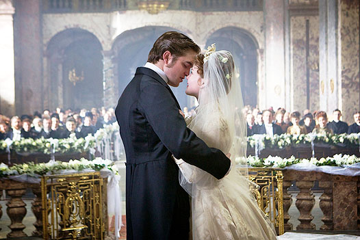 Robert Pattinson in Bel Ami.