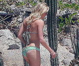 LeAnn wore a green bikini during an August 2010 trip to Mexico.