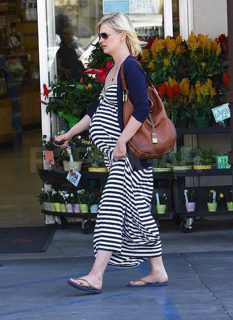 January Jones pregnant in LA.