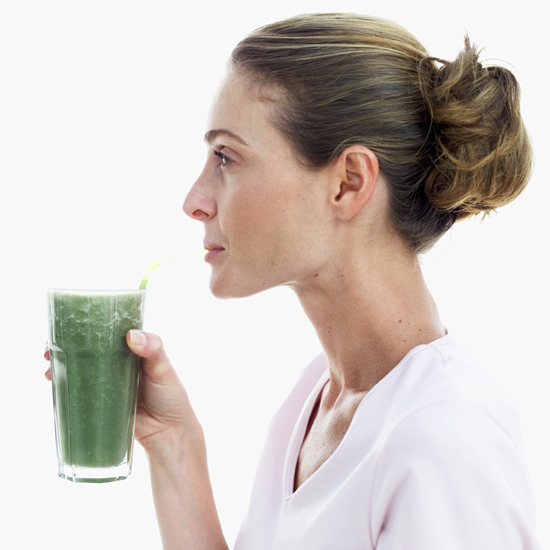 5 Superfood Smoothie Powders to Give Your Body a Boost