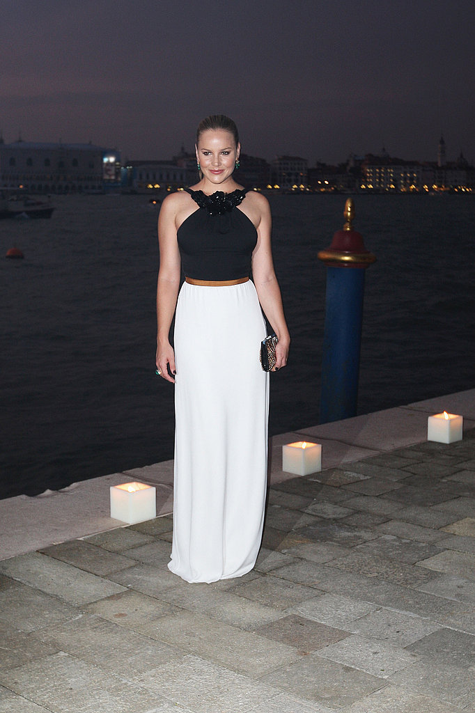 Abbie Cornish went with black and white.