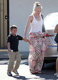 Gwen stepped out wearing a long and flowy maxi skirt.