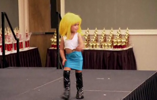 Mom Dresses Toddler in Pretty Woman Hooker Costume