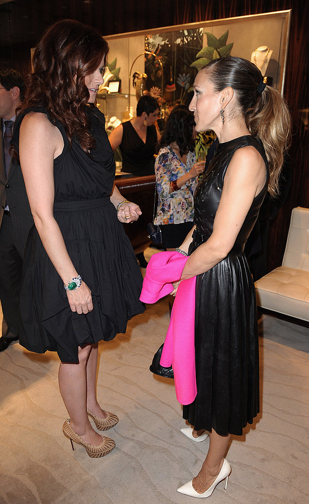 Debra Messing and Sarah Jessica Parker on Fashion's Night Out.