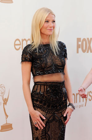 Gwyneth Paltrow, who picked up an Emmy for her guest role on Glee, showed some skin on the red carpet.