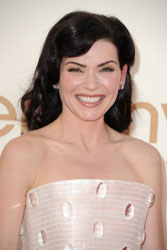 Julianna Margulies Wins Emmy For Best Drama Actress 2011
