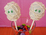 Mummy Cake Pops
