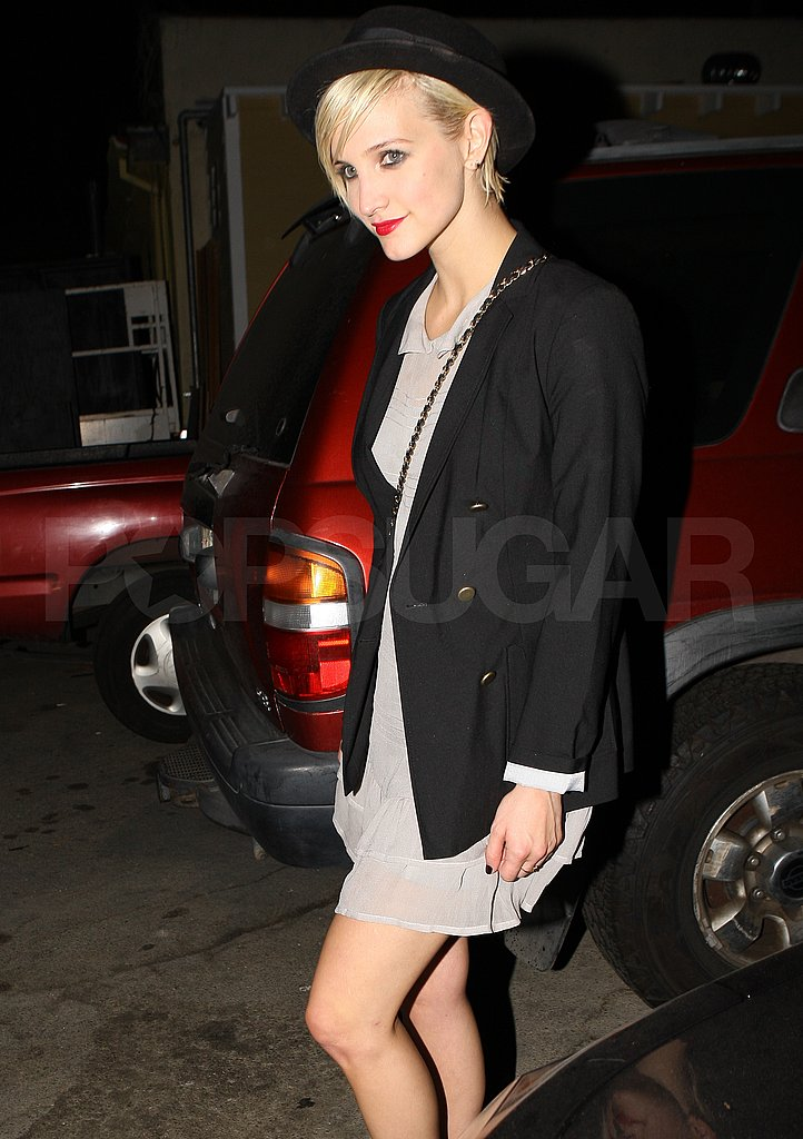 Ashlee Simpson in a chic hat.