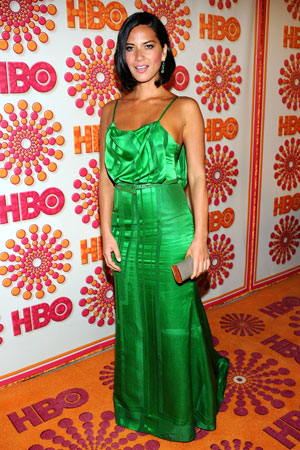 Olivia Munn wore a bright green dress to the HBO Emmy afterparty.