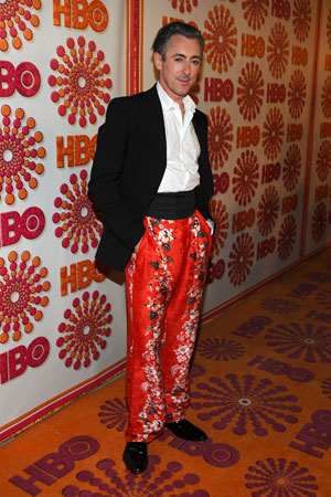 Best supporting actor in a drama series nominee Alan Cummings went for an unconventional look at the HBO Emmy afterparty.