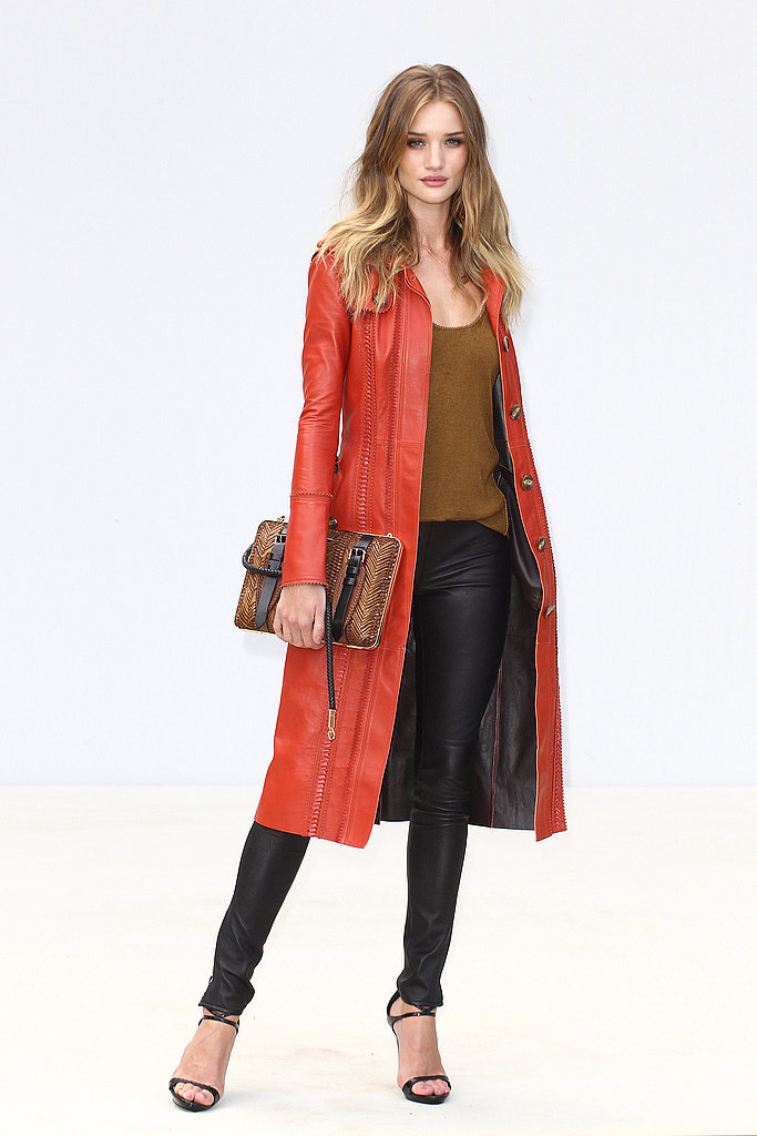 Rosie Huntington-Whiteley arrives at Burberry Prorsum S/S 2012 show at London Fashion Week at Kensington Gardens.