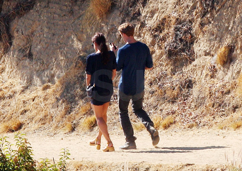 Ryan Gosling and Eva Mendes hike in LA.